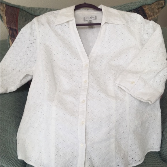 White eyelet Nine West summer jacket. Size 22W 5c4f45466
